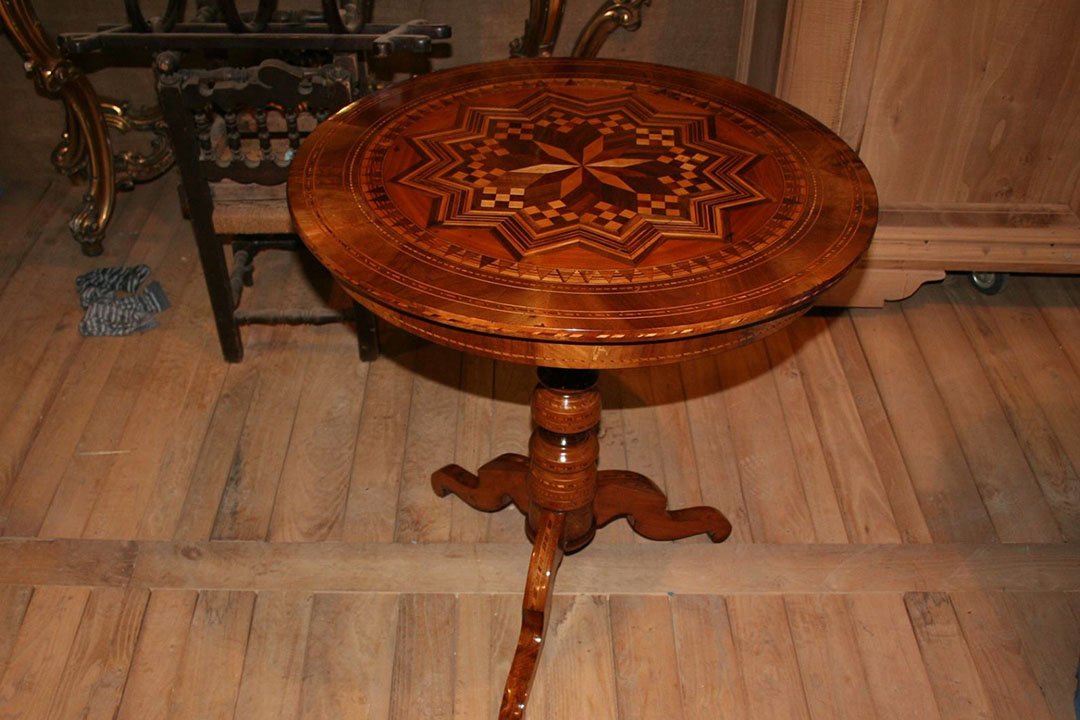 Tavolino epoca restauro completo
